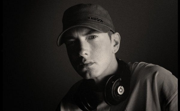 Eminem_Facebook.com/eminem