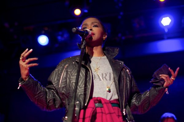 ms._lauryn_hill_-_press_shot_1