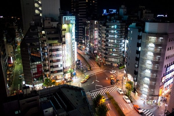 http://tokyostreet.photo/post/98153089914/intersection-ikebukuro