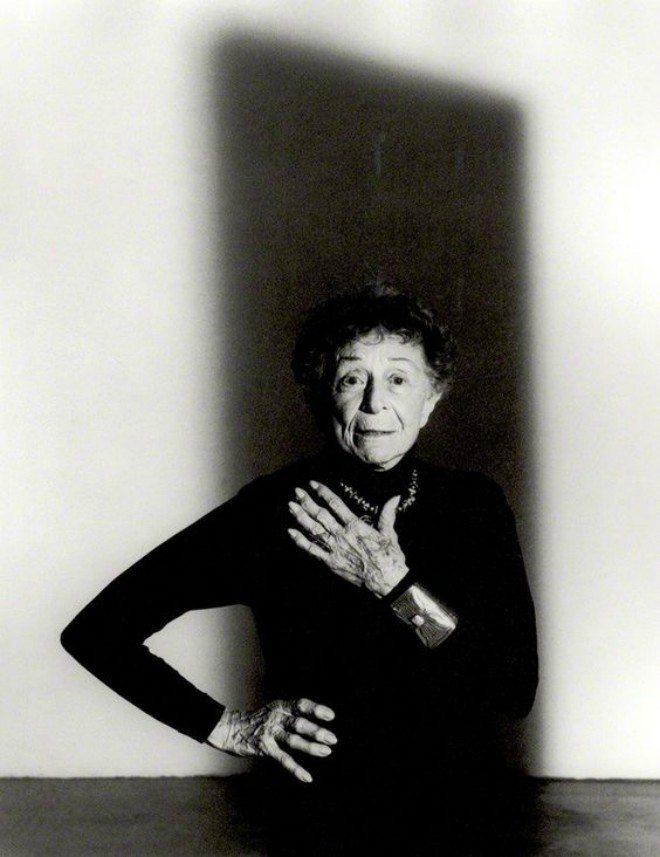 "Foto: pinterest.com/jmconstante [John Swannell, ""Ruth Bernhard"" (1992.)]"