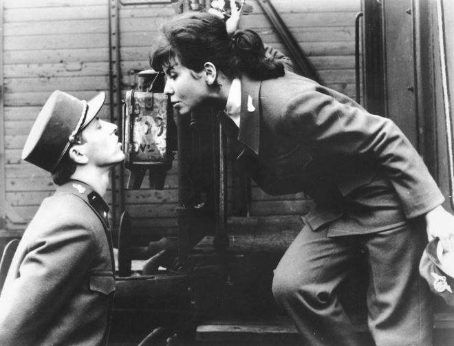 """Foto: thumblr.com / scena iz filma """"Strogo kontrolirani vlakovi"""" (1967)"""