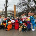 kostimirana ekipa kazalista tvornica lutaka