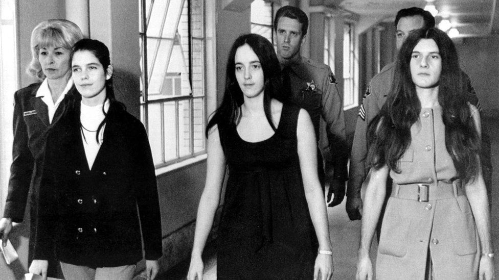 članice Mansonove obitelji: Leslie Van Houten, Susan Atkins i Patricia Krenwinkel